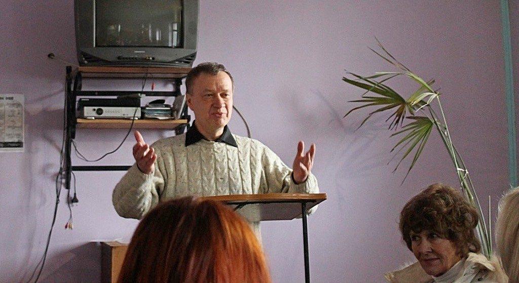 Братья и сестры из второй церкви Днепра поддерживают в служении Обуховскую общину