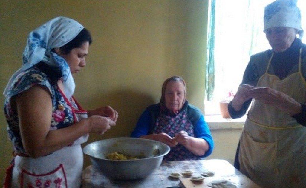 Вареничный день прошел в Обуховской общине