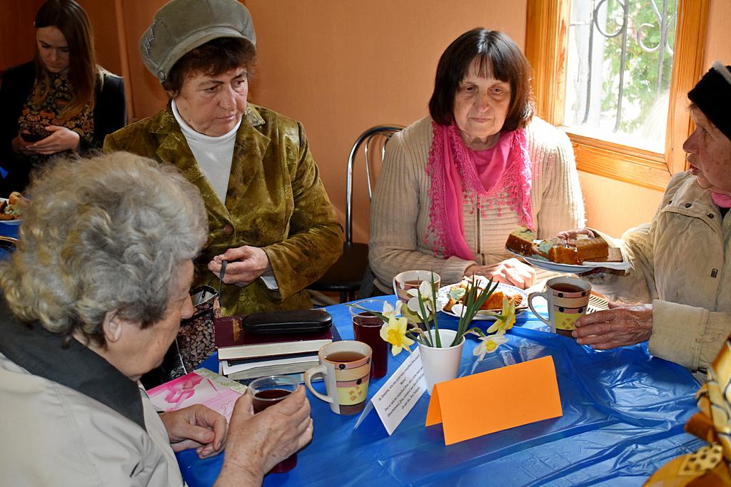 Адвентисты Запорожья провели служение за чашкой чая