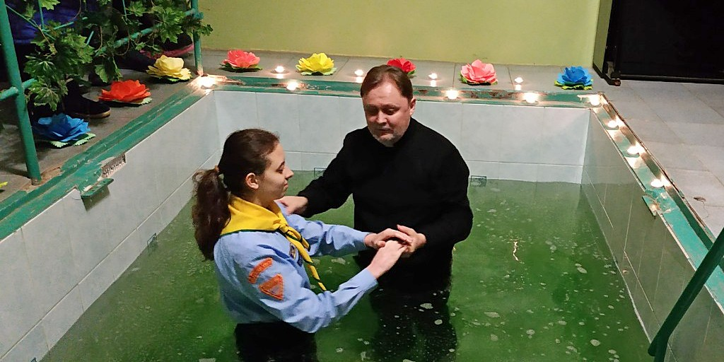 Член клуба «Следопыт» крестилась в Никопольской церкви
