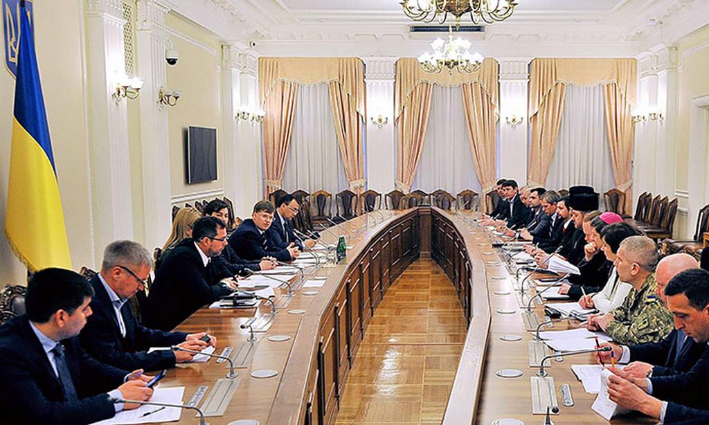 Віце-прем'єр обговорив з Радою Церков створення Держслужби етнополітики і свободи совісті