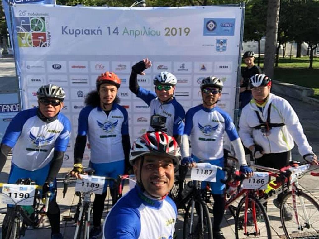 Члены велокоманды Adventist Bikers for Christ (ABC) на соревнованиях по велоспорту в Афинах в Греции, которые прошли 14 апреля 2019 года. [Фото: Новости Трансъевропейского дивизиона]