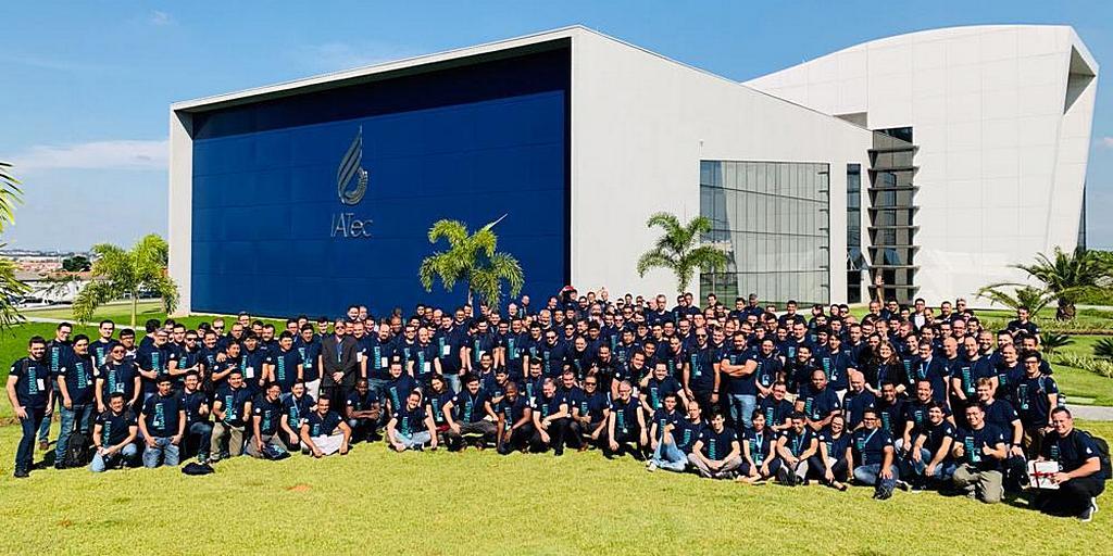 Адвентистский Технологический институт (IATec) в Ортоландии, Сан-Паулу, Бразилия, провел 28-30 апреля 2019 года саммит для 300 специалистов в области технологий (на фото), работающих в церкви адвентистов. [Фото: Новости Южно-Американского дивизиона]
