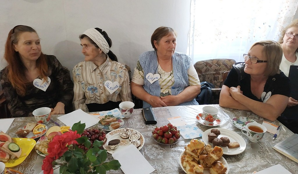 Адвентисты Пятихаток проводят встречи для женщин города