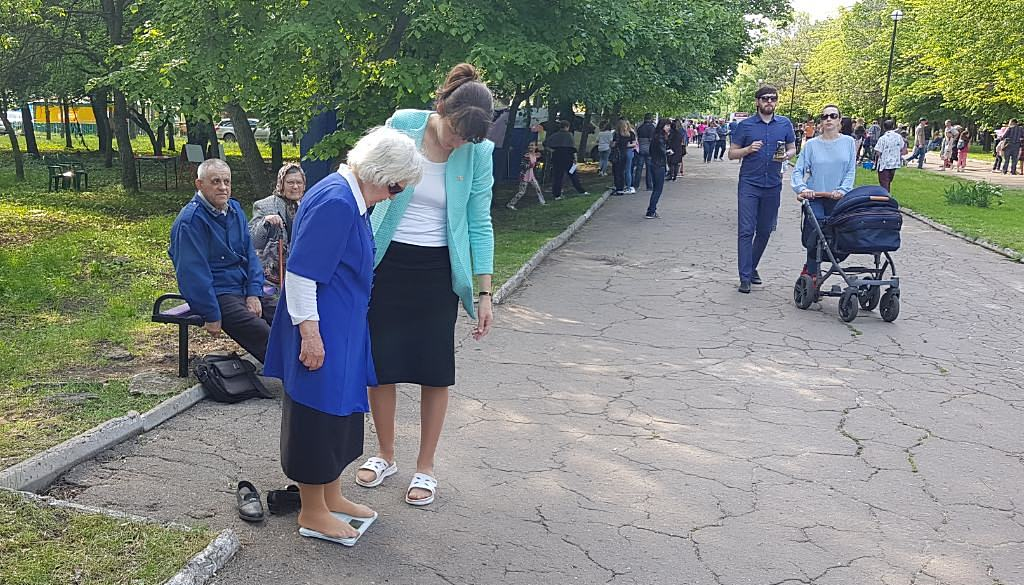 Жители Краматорска участвовали в фестивале семьи, Выставке Здоровья и переписывании Библии