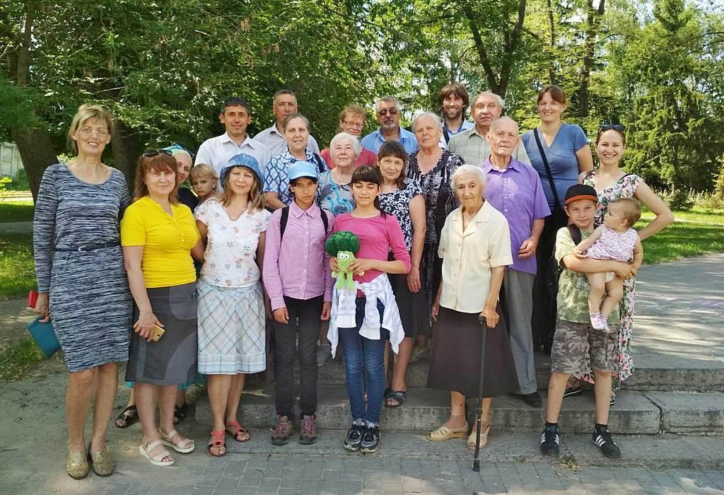 Жители Змиева познакомились с принципами здорового образа жизни и узнали о центрах здоровья