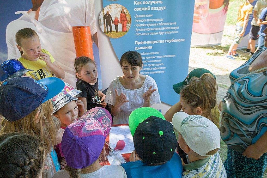 Мелитопольская община провела первые выходные лета в служении обществу