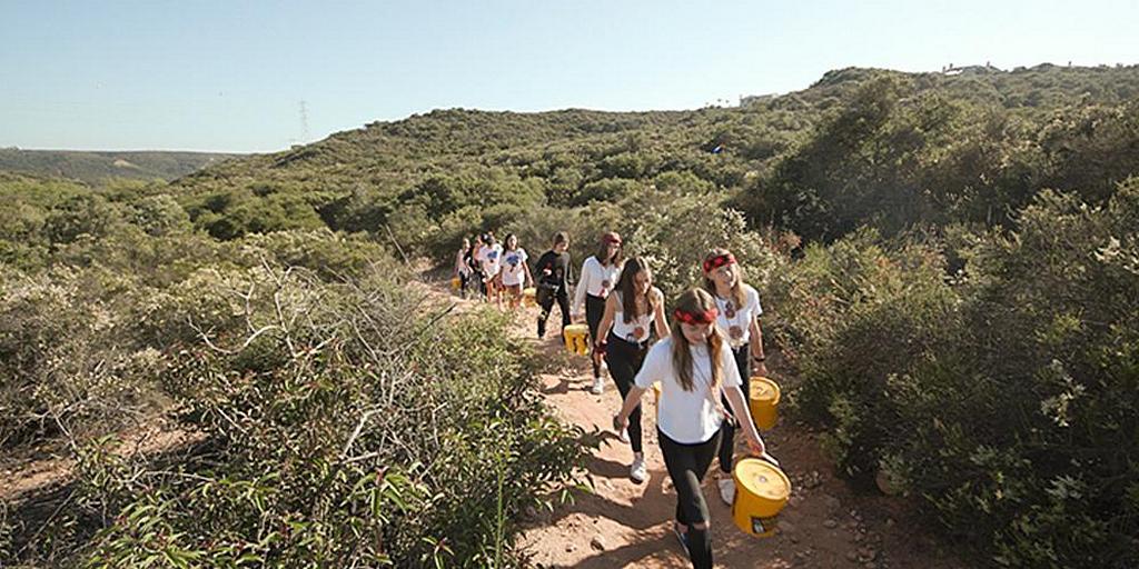 Американские подростки прошли километры, чтобы собрать средства на воду