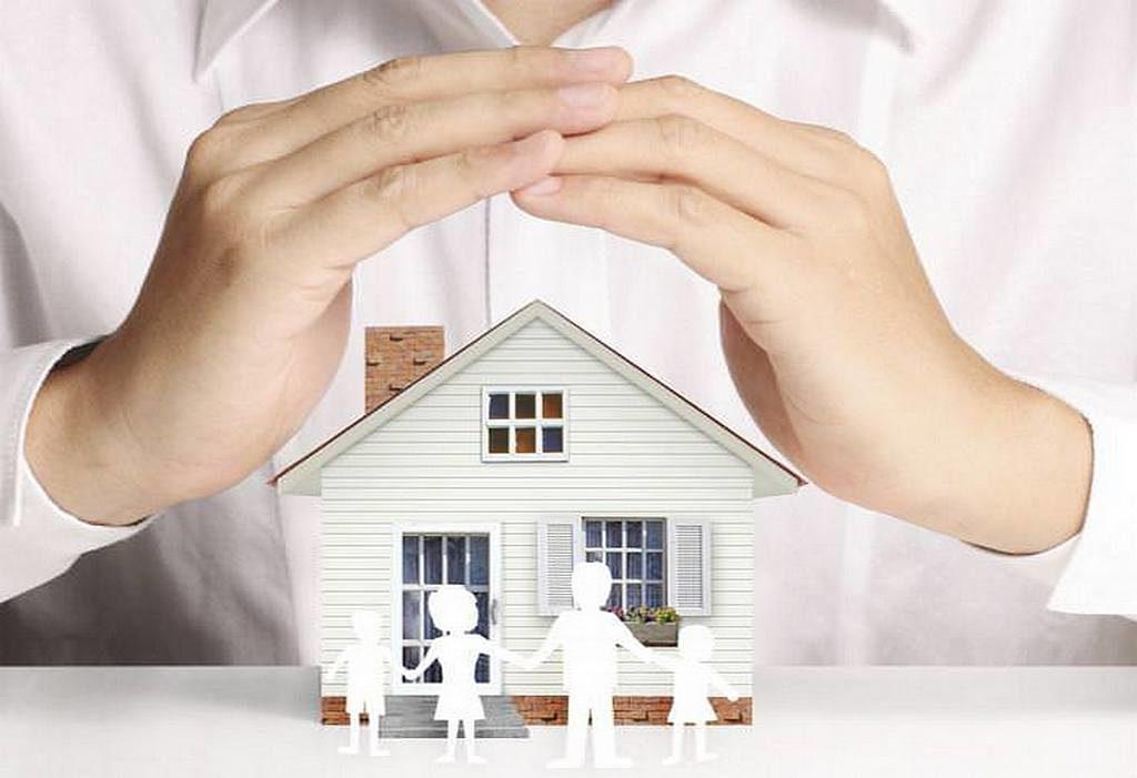 Что советовала Эллен Уайт относительно страхования зданий и имущества?