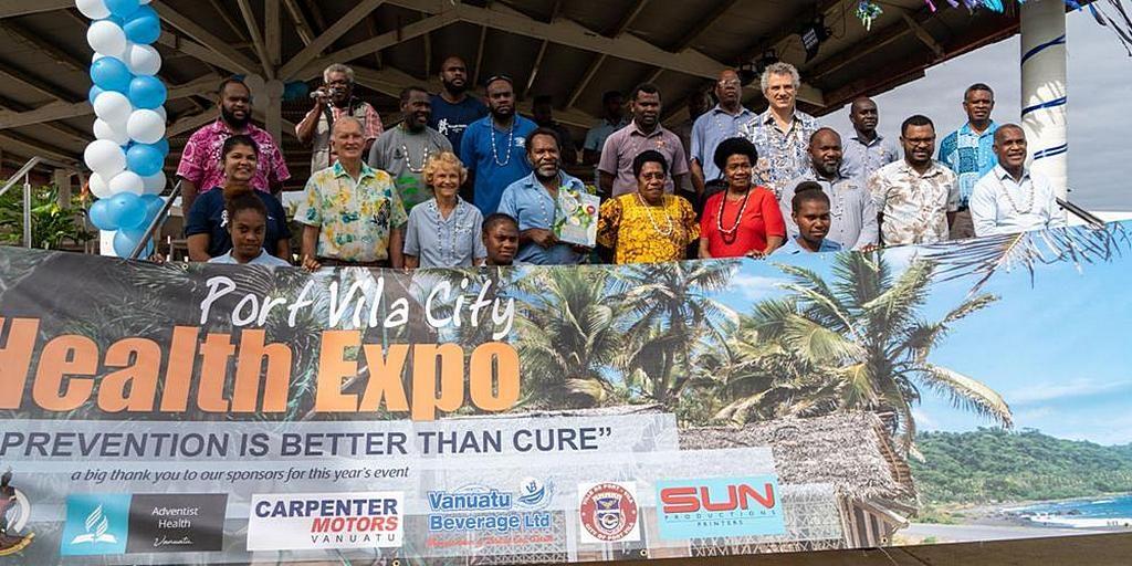 Первая выставка здоровья в Вануату выходит на местное сообщество