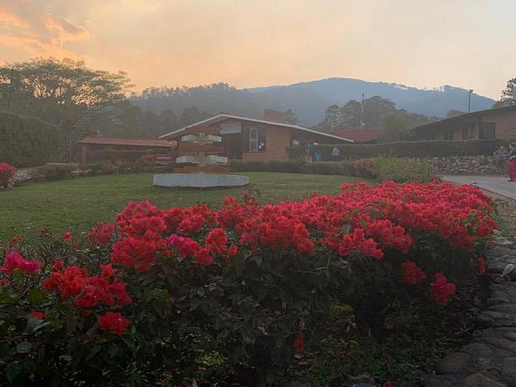 Больница Adventista Valle de Ángeles расположена примерно в 18 милях или 29 километрах от столицы Гондураса Тегусигальпы. [Фото: AdventHealth]