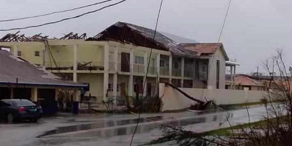 Школа Лонг Бэй в Абако, Багамские Острова, после урагана Дориан. [Фото: ADRA International]
