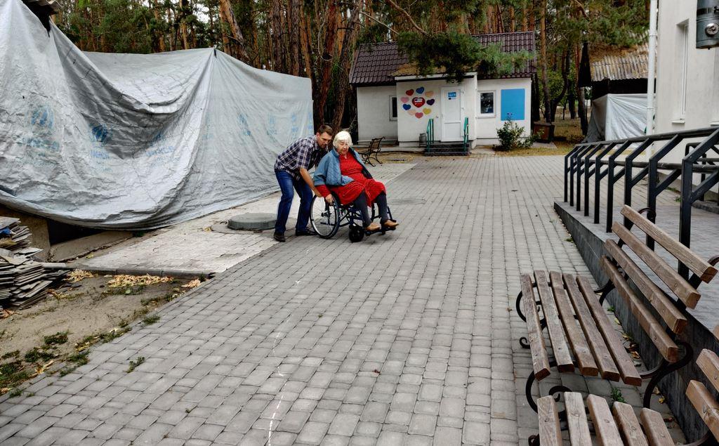 АДРА Украины оказывает помощь людям с инвалидностью