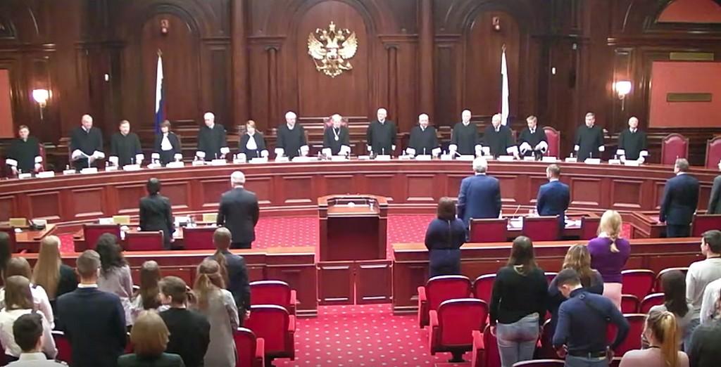 Конституционный суд РФ решает судьбу протестантов в стране