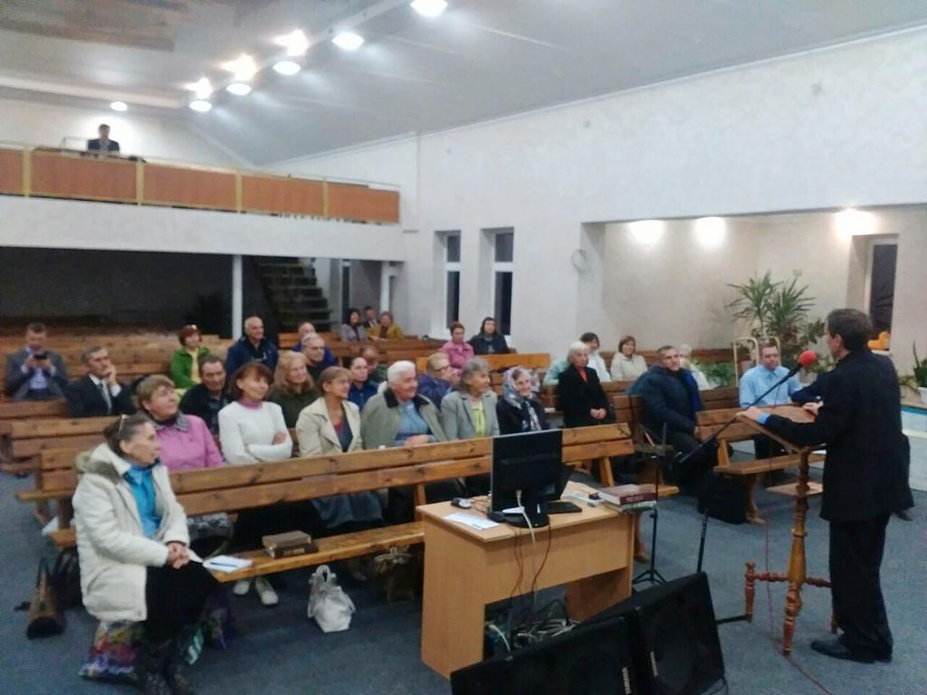Ночь в молитве провели Запорожские адвентисты