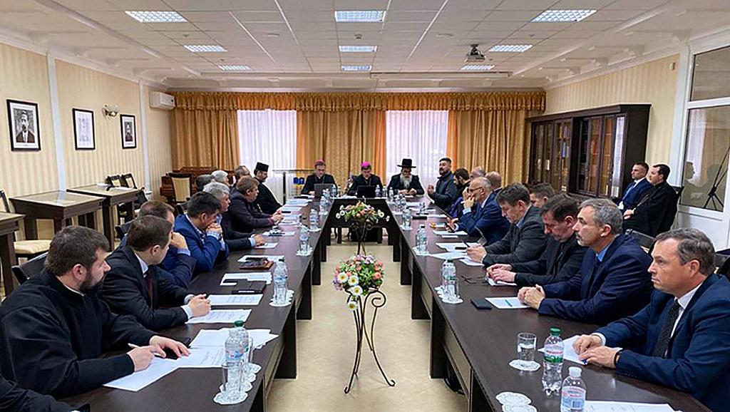 Всеукраїнська Рада Церков закликає парламент доопрацювати проект 0931