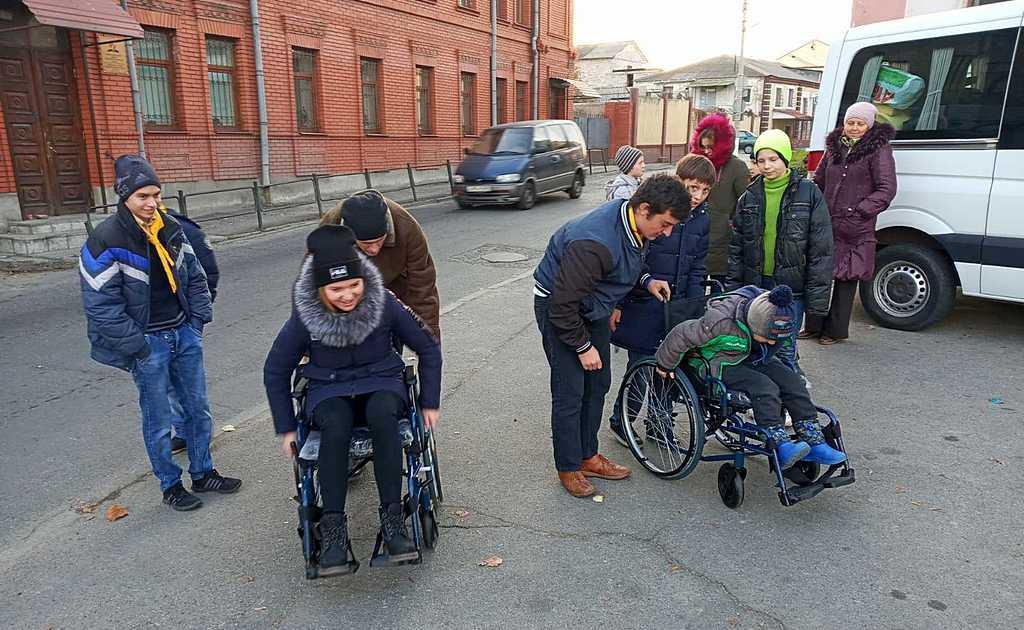 Ребята попробовали, как чувствуют себя их сверстники с инвалидностью