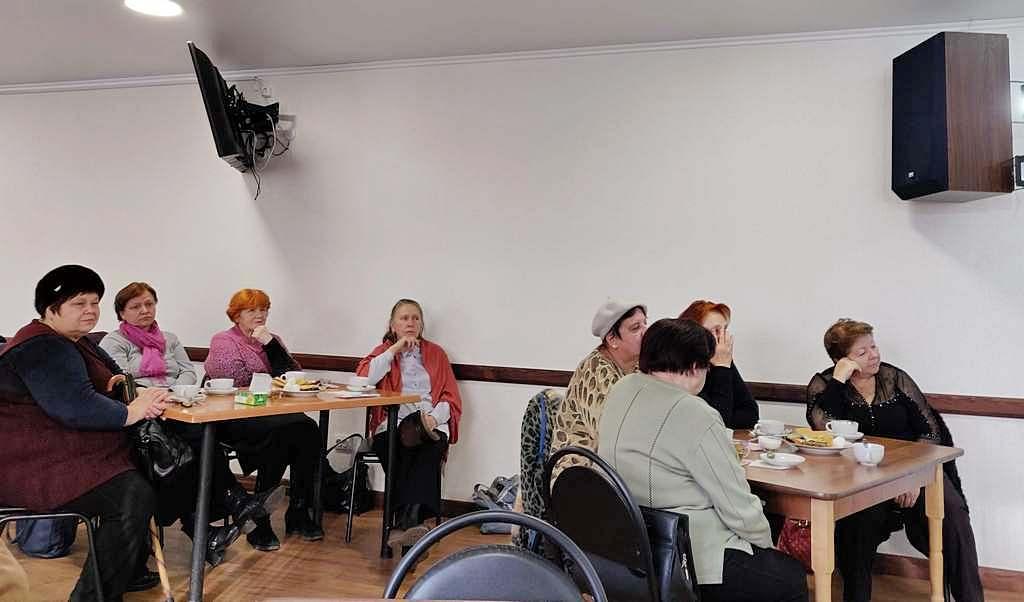 2 декабря в адвентистской общине г.Краматорск прошла встреча «За чашкой чая»