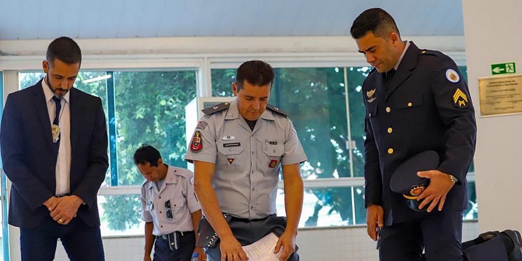 В Бразилии адвентисты - сотрудники правоохранительных органов встретились для свидетельств и молитв