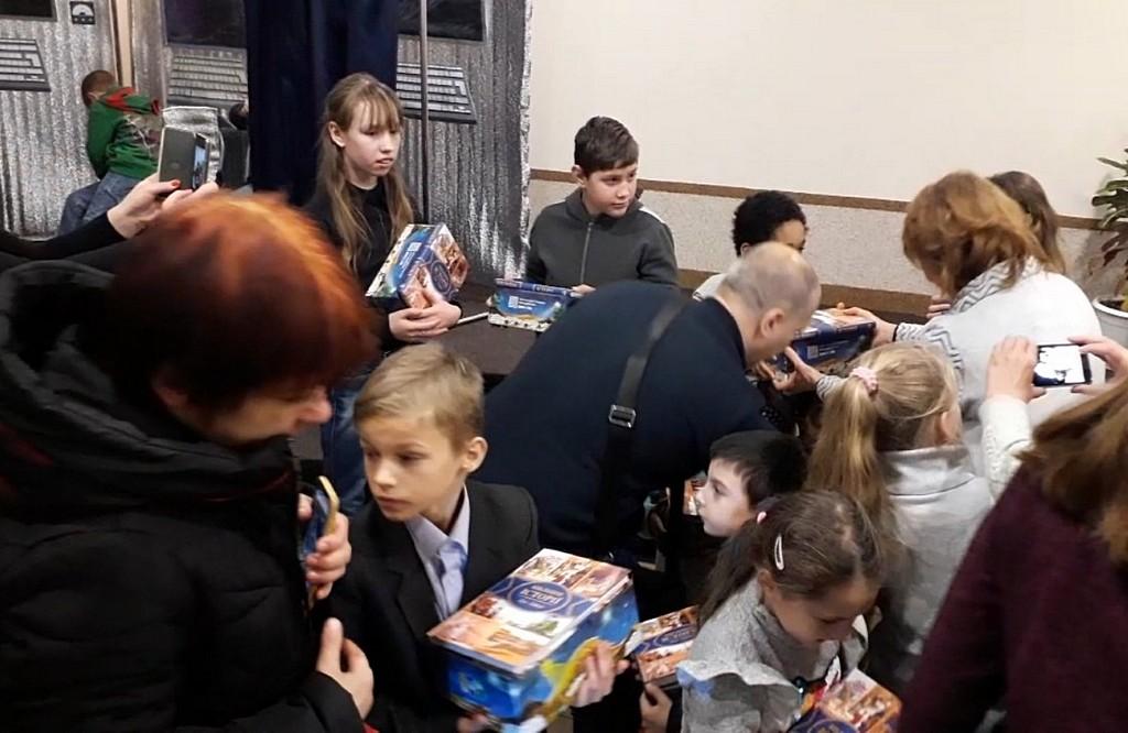Харьковчане показали спектакль для детей из семей, оказавшиеся в трудных жизненных обстоятельствах