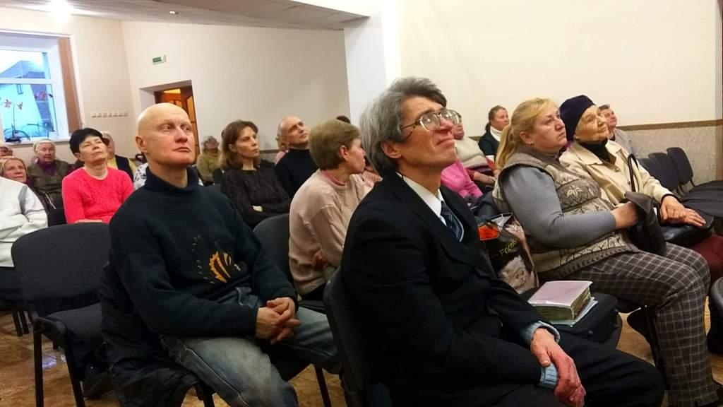Посетители программы в Алексеевском духовном центре