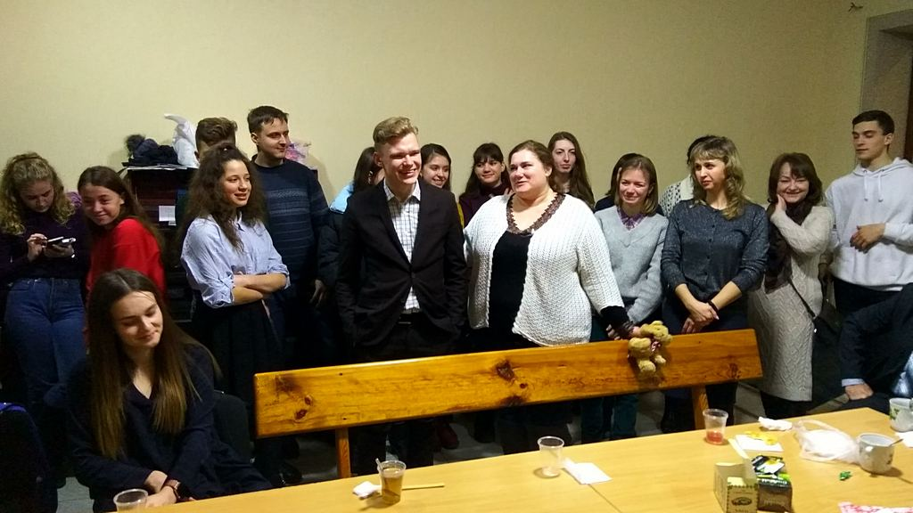 Харьковская молодежь училась выходить из трудных ситуаций без уныния