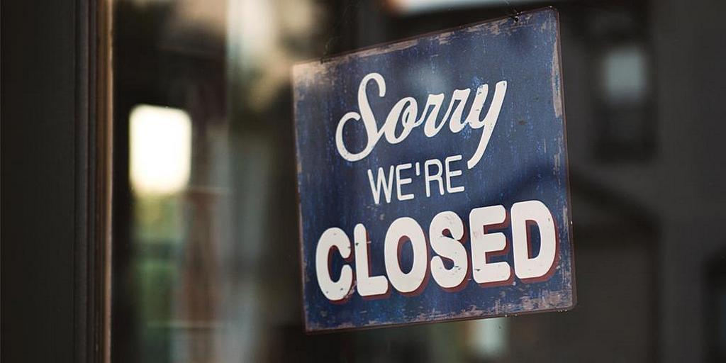 """""""Простите, мы закрыты"""" - Фото Тима Моссхолдера на Unsplash"""