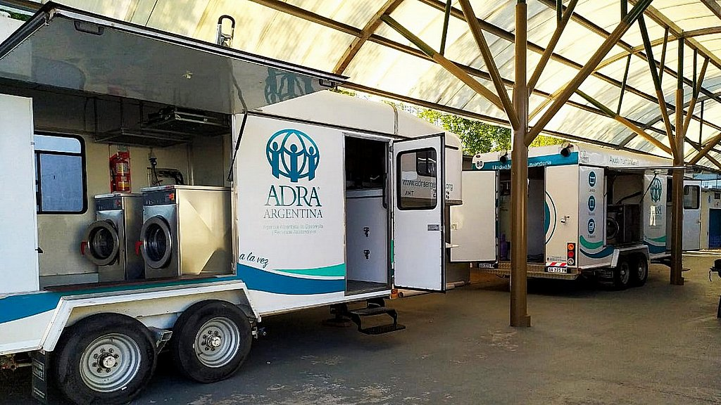 Адвентисты седьмого дня в Аргентине развернули мобильную прачечную для жертв COVID-19