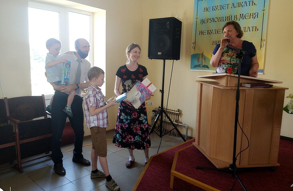 Десятая община Днепра попрощалась со своим пастором