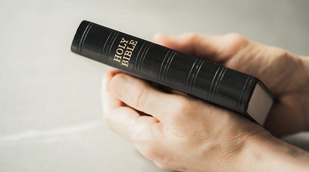 Данные опроса: духовенство должно проповедовать об актуальных культурных и моральных вопросах