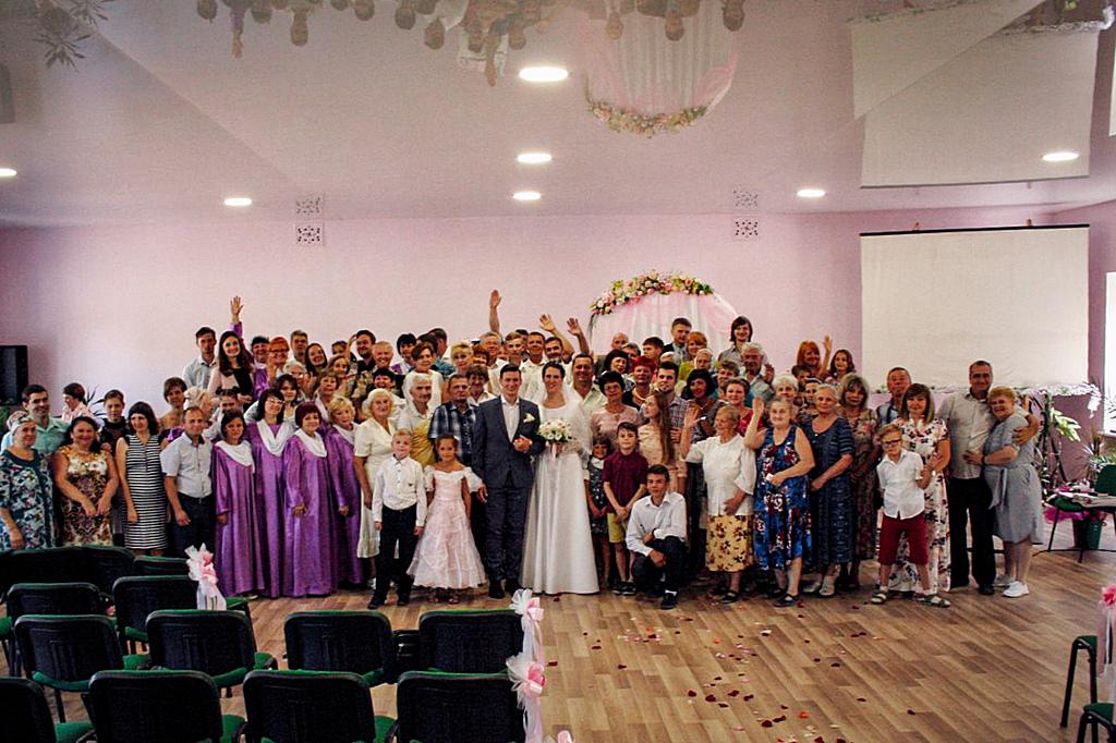 Впервые за долгое время состоялась свадьба в городе Каменское