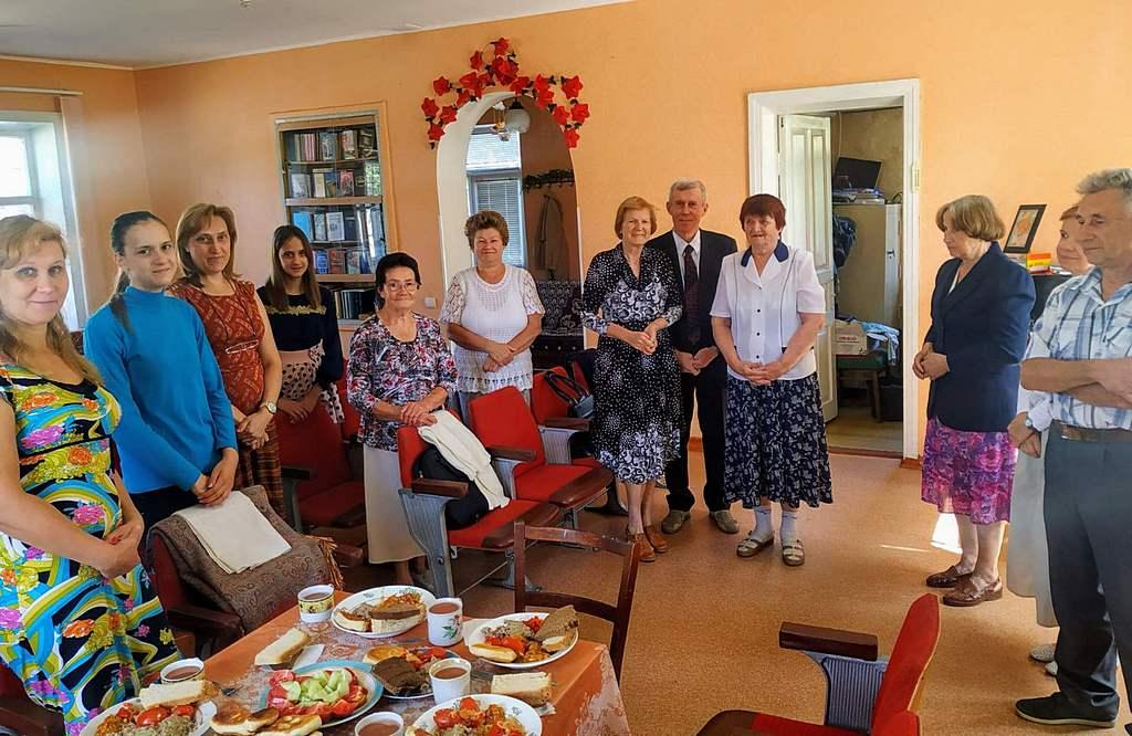 Церковь в Желтых Водах провела праздник Жатвы и готовится к открытию следопытского клуба