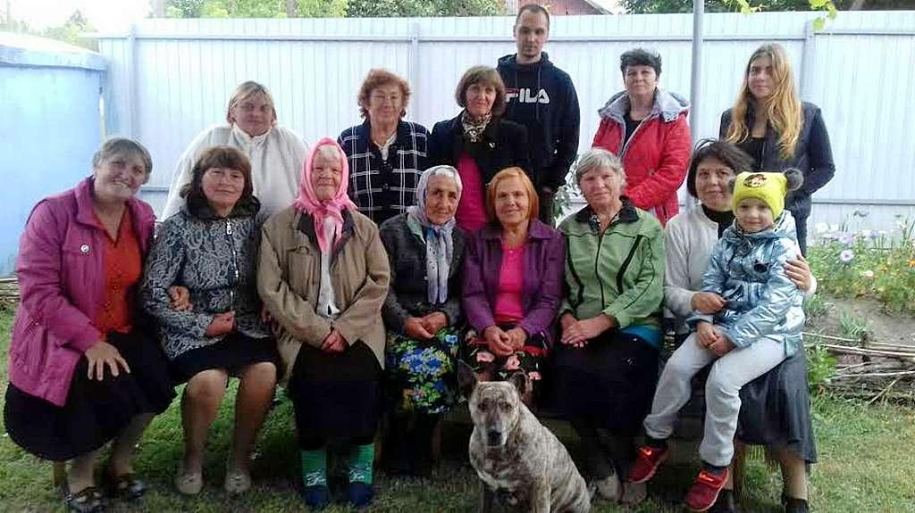 Среди посетителей жатвенного служения в Новопскове гостей было больше, чем членов церкви