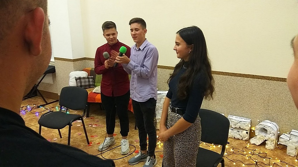 Проповедь на встрече Харьковской молодежи говорил пастор-ветеран Степан Дрозд