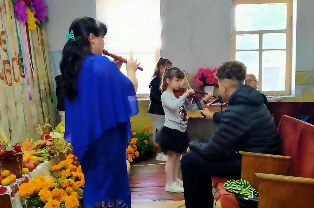 Еще две общины в Харьковском регионе провели жатвенные служения