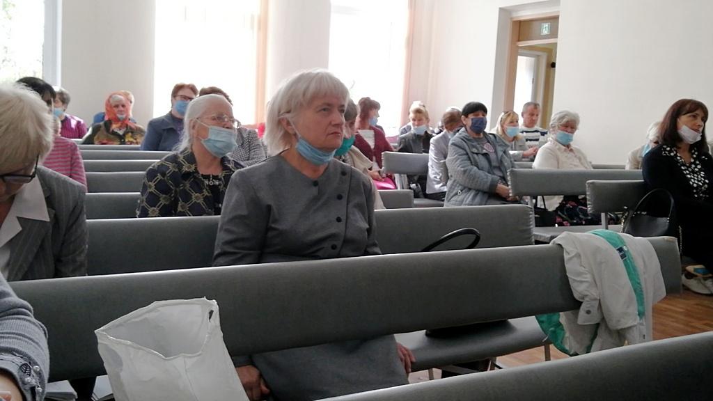 Десятая Криворожская община провела благодарственное служение