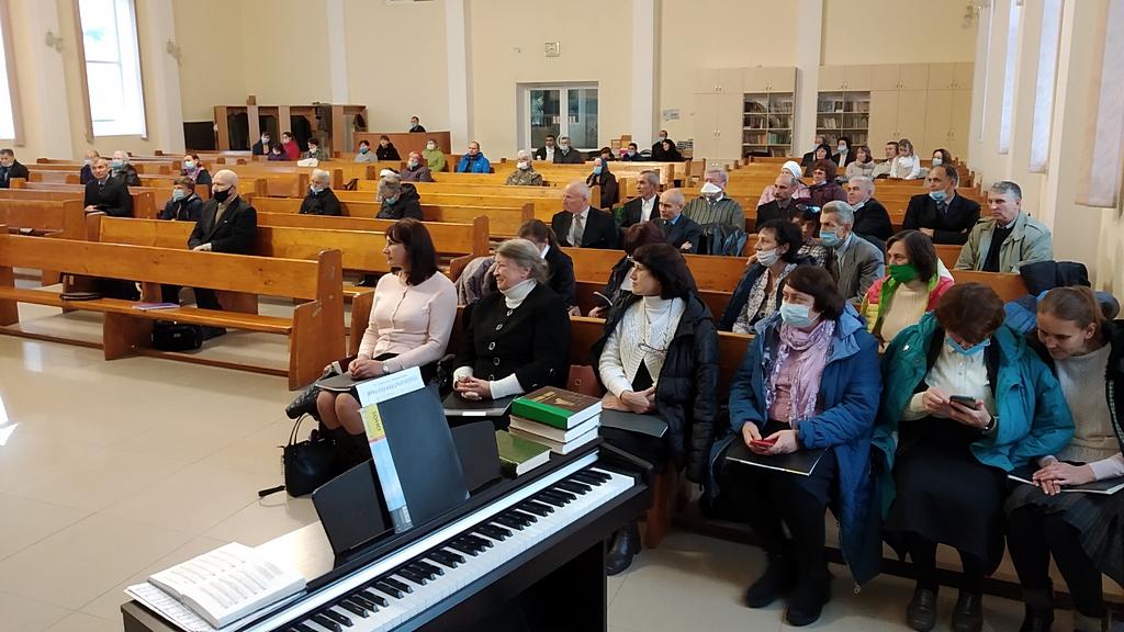 Служение в центральной церкви Кривого Рога