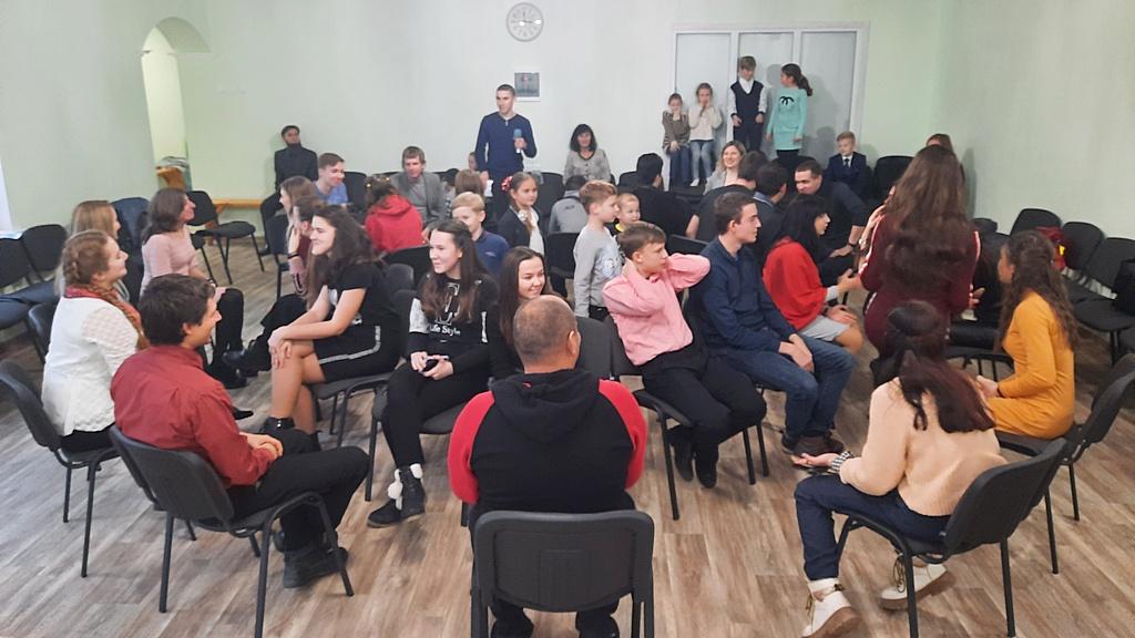Региональная молодежная встреча прошла в Покровске