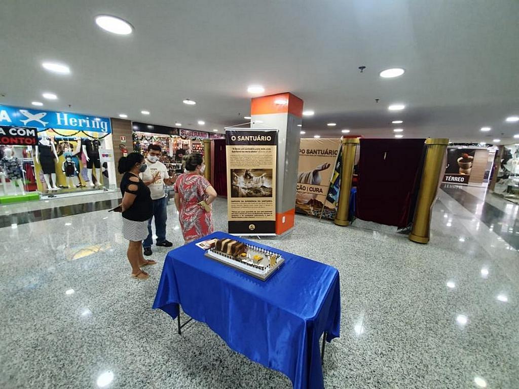 Более 1500 покупателей посетили выставку Expo Santuário в Бразилиа, Бразилия. [Фото: Новости Южно-Американского дивизиона]