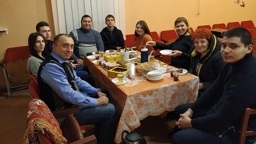 Перед новым годом церковь в Жёлтых Водах провела встречу для молодежи