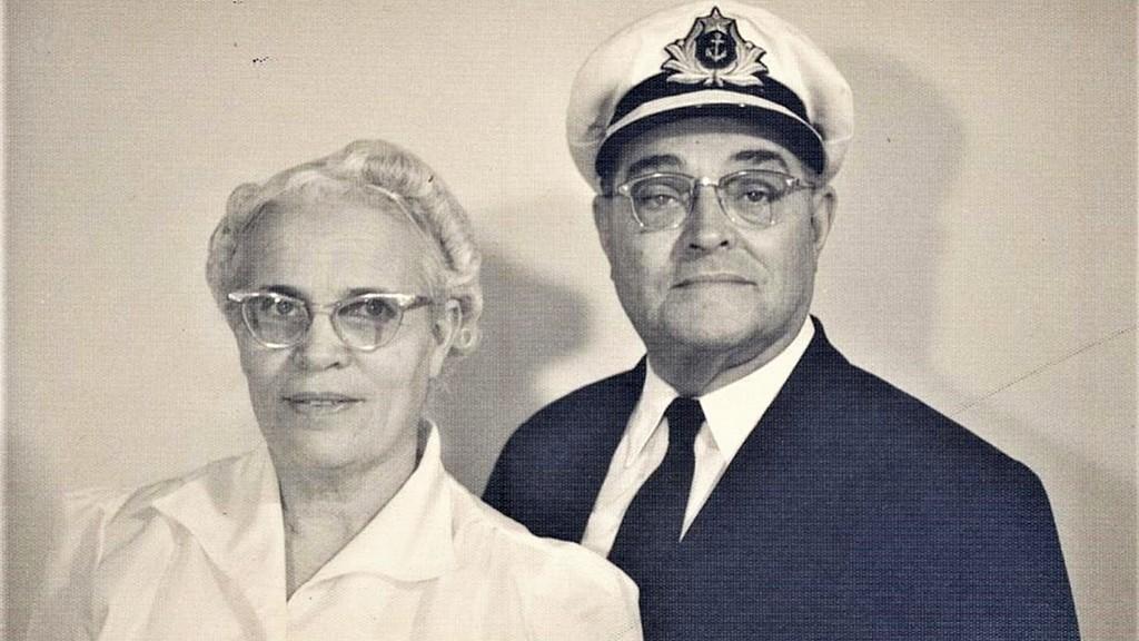 Лео Б. Холливелл и его жена Джесси