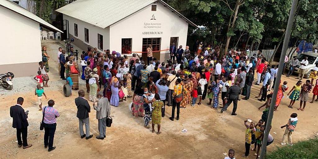 Адвентисты Кот-д'Ивуара радуются новым церковным зданиям, несмотря на пандемию