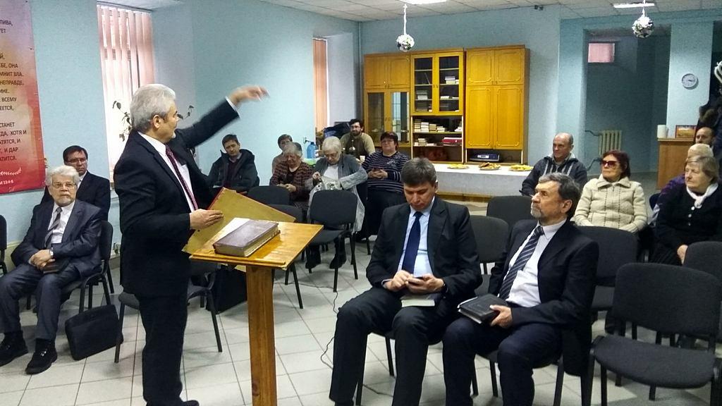 Харьковские служители провели молитвенное собрание