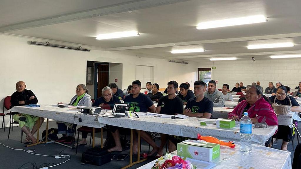 Двадцать три семьи участвовали в программе CHIP в Аддингтонской самоанской адвентистской церкви в Крайстчерче, Новая Зеландия. [Фото: Adventist Record]