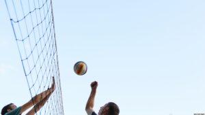 Второй волейбольный лагерь в Новомосковске собрал сто участников