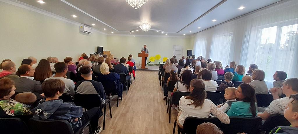 Служением посвящения завершилась реконструкция молитвенного дома в Покровске, начатая восемь лет назад